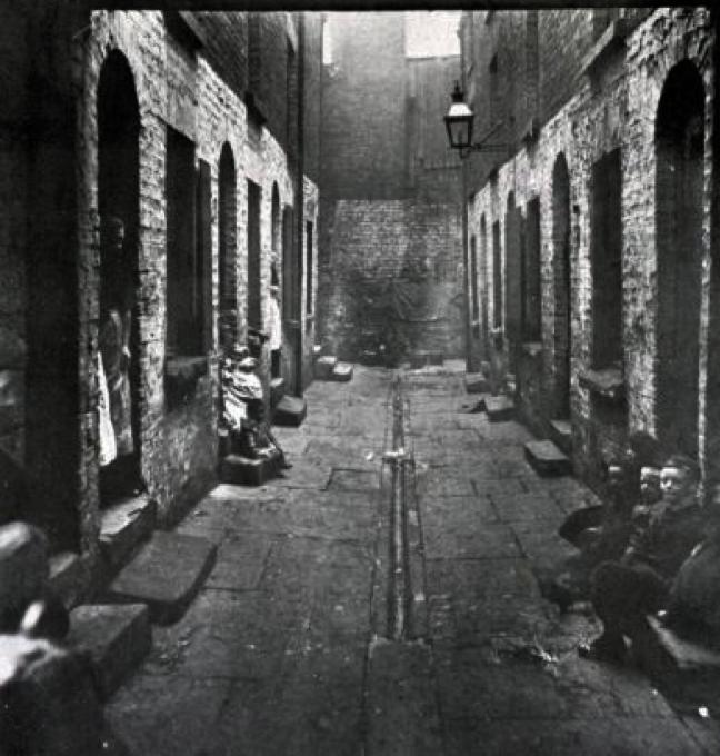 Bostock Street Court, 1900