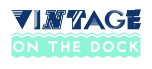 T175 VINTAGE ON THE DOCK LOGO-01