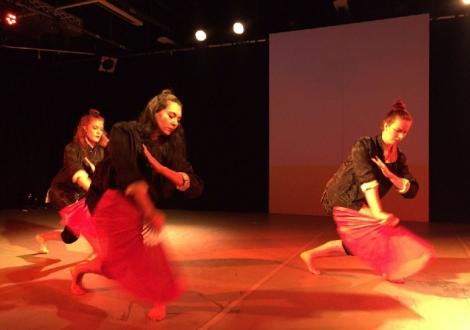 San Jiao Chinese Fusion Dance